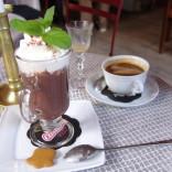 czeko, czeko, czekolada  iiii kawusia z rumem dla plecaczka :)