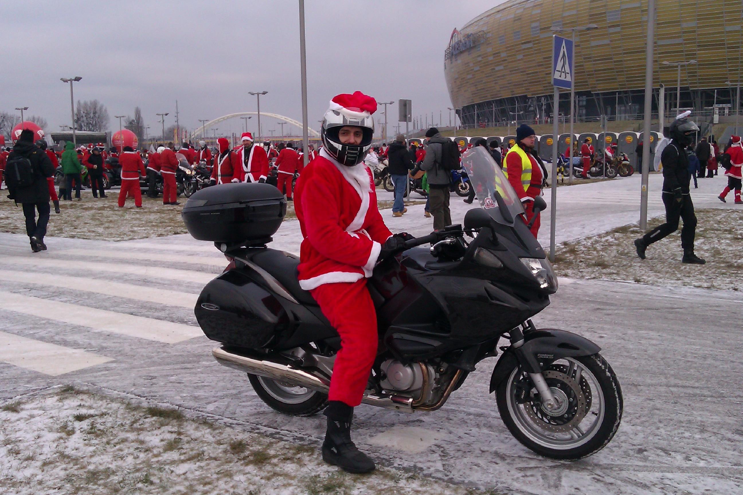 """Mikołaj """" nie jestem chudy, tylko wysportowany"""" :)"""